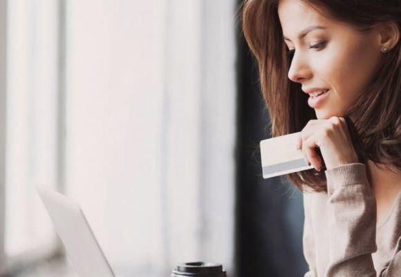 Оплата  на сайте банковской картой